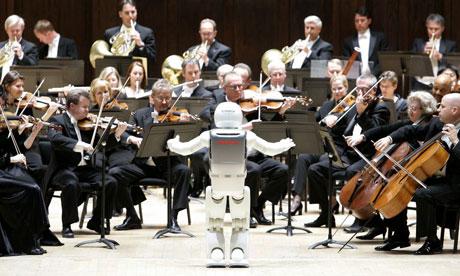 Robot memimpin orkestra